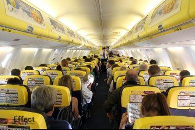 Реклама на бортах самолетов