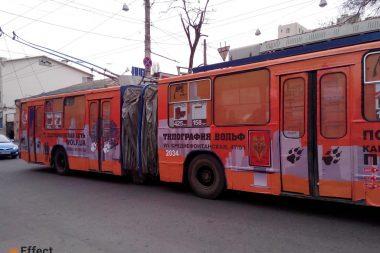 размещение рекламы в троллейбусах киев