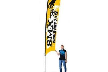 изготовление мобильных флагов одесса